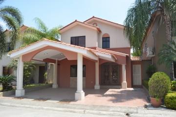 GeoBienes - Casa en venta urbanización Ciudad Celeste etapa Estela - Plusvalia Guayaquil Casas de venta y alquiler Inmobiliaria Ecuador