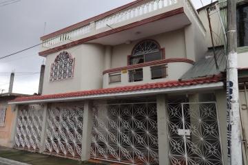 GeoBienes - Cdla. Simon Bolivar, Vendo casa rentera cerca de Aeropuerto y Mall Del Sol - Plusvalia Guayaquil Casas de venta y alquiler Inmobiliaria Ecuador