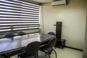GeoBienes - Oficina en venta en Edificio Cosmo Center, Centro de Guayaquil - Plusvalia Guayaquil Casas de venta y alquiler Inmobiliaria Ecuador