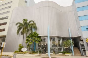 GeoBienes - Oficina en venta en Edificio Equilibrium sector norte de Guayaquil - Plusvalia Guayaquil Casas de venta y alquiler Inmobiliaria Ecuador