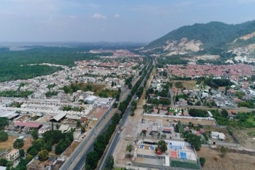 GeoBienes - Terreno Comercial en Venta, Vía a la Costa  - Plusvalia Guayaquil Casas de venta y alquiler Inmobiliaria Ecuador
