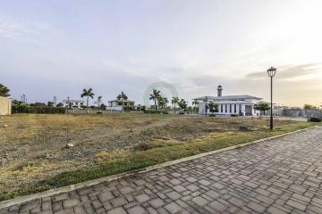 GeoBienes - Terreno en venta en Urb. Puerto Mocolí vía a Samborondón - Plusvalia Guayaquil Casas de venta y alquiler Inmobiliaria Ecuador