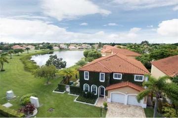 GeoBienes - Casa en venta en Doral Park - Miami Florida - Plusvalia Guayaquil Casas de venta y alquiler Inmobiliaria Ecuador