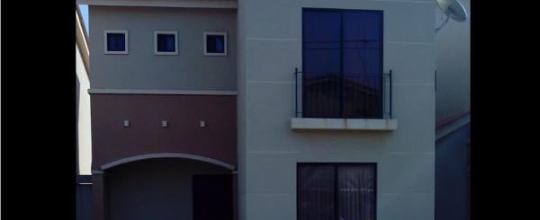 Alquiler Casa en Plaza Madeira - Vía a Samborondon