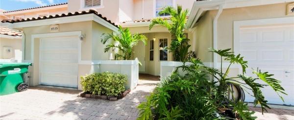 Casa a la Venta en Miami, DORAL CHASE