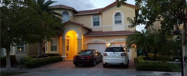 Casa a la Venta en MIAMI, Islands at DORAL