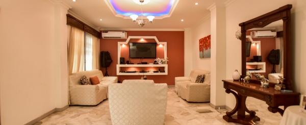 Casa de 2 plantas en venta ubicada en la Alborada