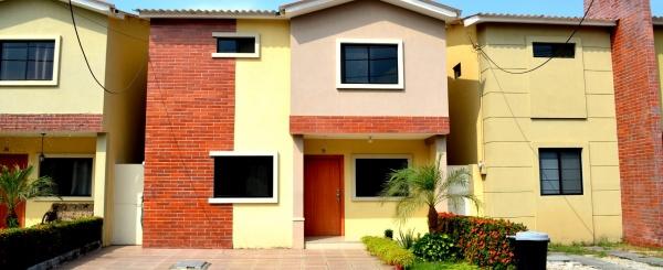 Casa en alquiler en urbanización Milan Via Salitre, Samborondon