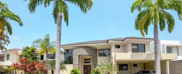 Casa en venta en Lago Sol sector vía a Samborondón