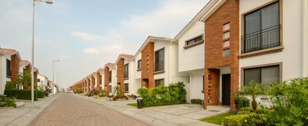 Casa en venta en urbanización Napoli vía a Samborondón