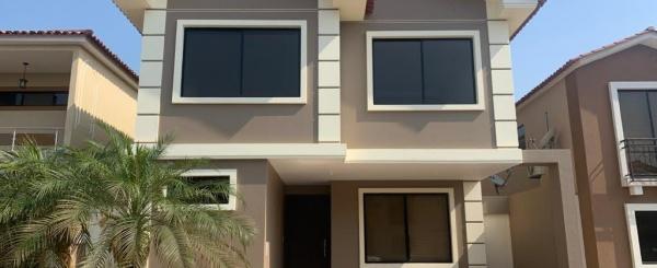 Casa en venta ubicada en Ciudad Celeste, Vía Samborondón