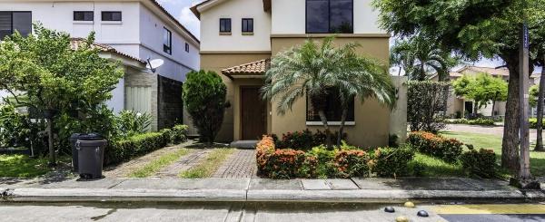 Casa en venta Urb. Ciudad Celeste, Vía Samborondón