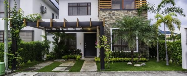 Casa en venta Urb. Punta Esmeraldas, Vía a la Costa