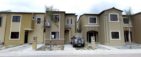 Casa en venta en urbanización la Joya etapa Gema via Daule - Samborondon