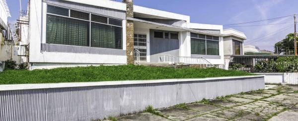 Casa en venta Urdesa, Norte de Guayaquil
