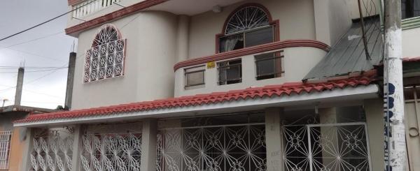 Cdla. Simon Bolivar, Vendo casa rentera cerca de Aeropuerto y Mall Del Sol