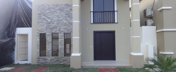 Ciudad Celeste casa en venta con 5 dormitorios en Samborondón