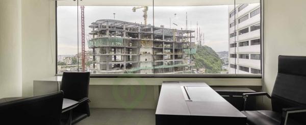 Oficina en Alquiler Edificio The Point, Centro de Guayaquil