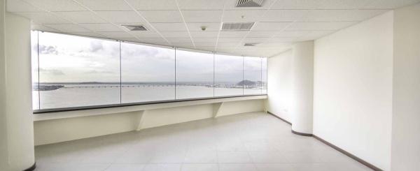 oficina en alquiler en el Edificio The Point, Puero Santa Ana, Centro de Guayaquil