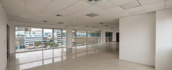 Oficina en alquiler en Torres del Mall sector norte de Guayaquil