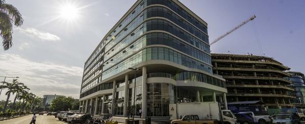 Oficina en venta Edificio Los Arcos Plaza, Vía Samborondón