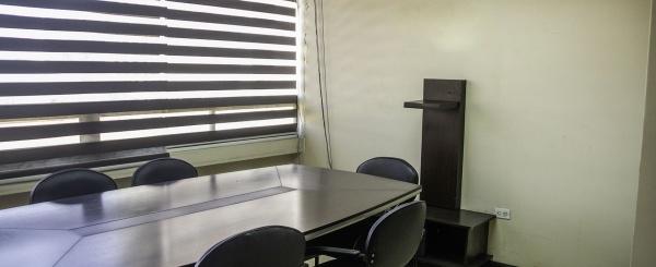 Oficina en venta en Edificio Cosmo Center, Centro de Guayaquil