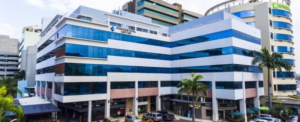 Oficina en alquiler en el Edificio Professional, Norte de Guayaquil