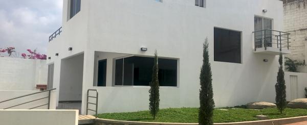 Vendo Casa en Las Cumbres - Ceibos